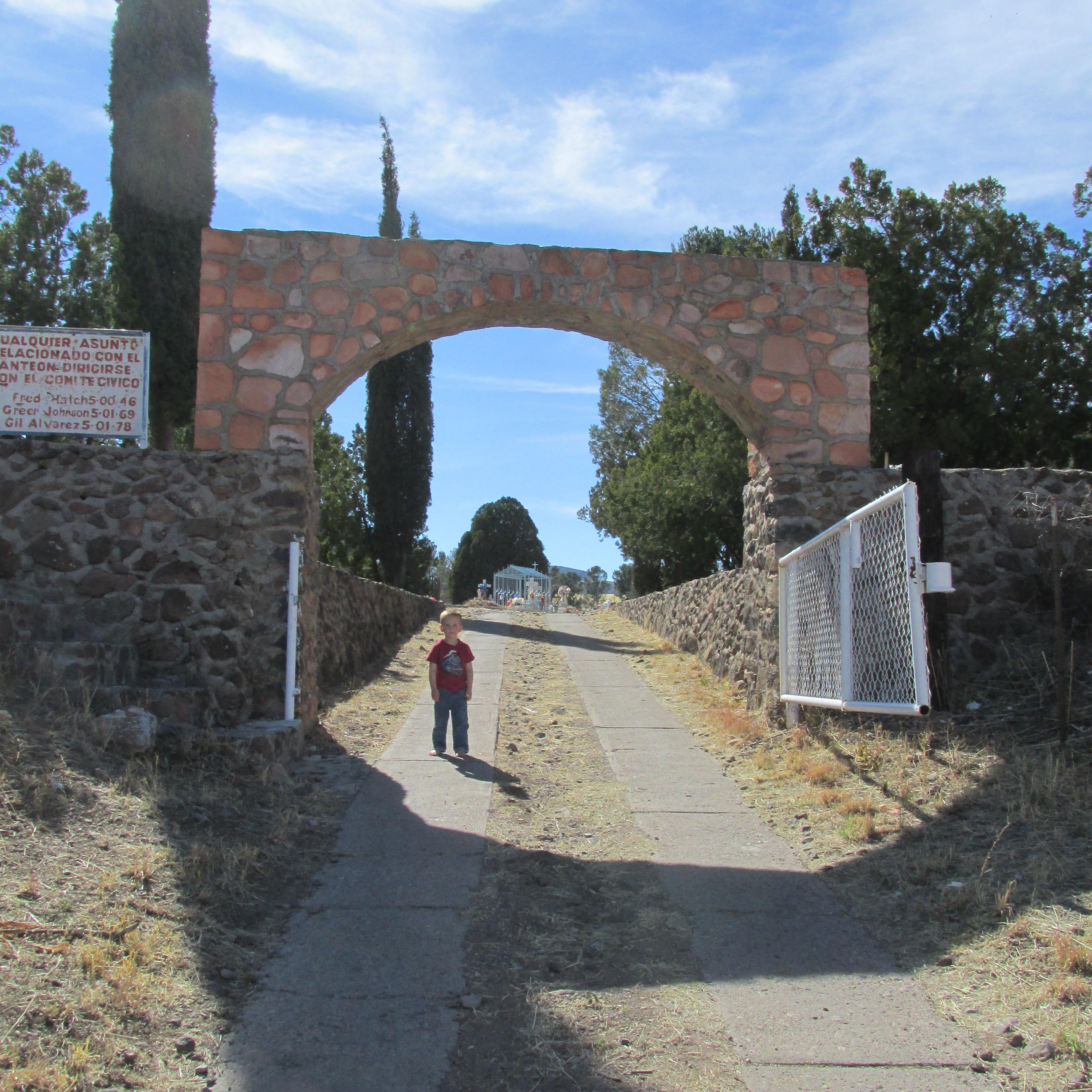 Colonia Juarez Cemetery